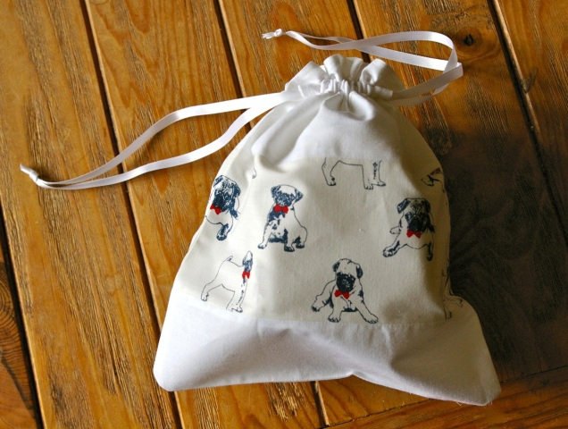 pug dog drawstring bag