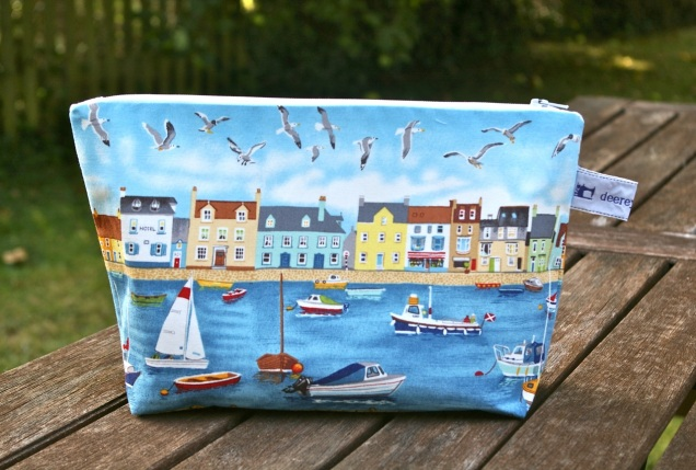 large seaside zipper pouch bag