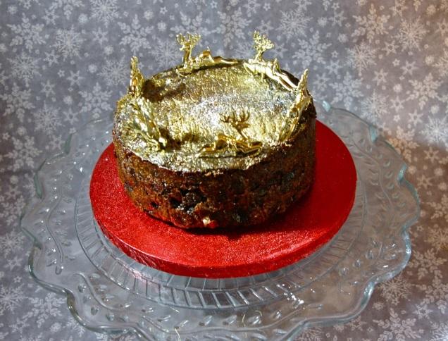 non-iced Christmas cake