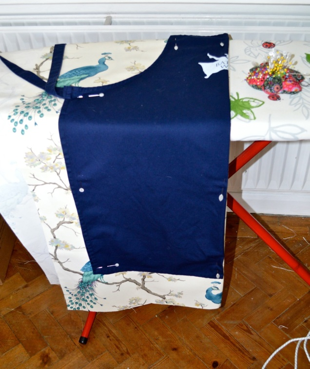 Bath WI apron as template