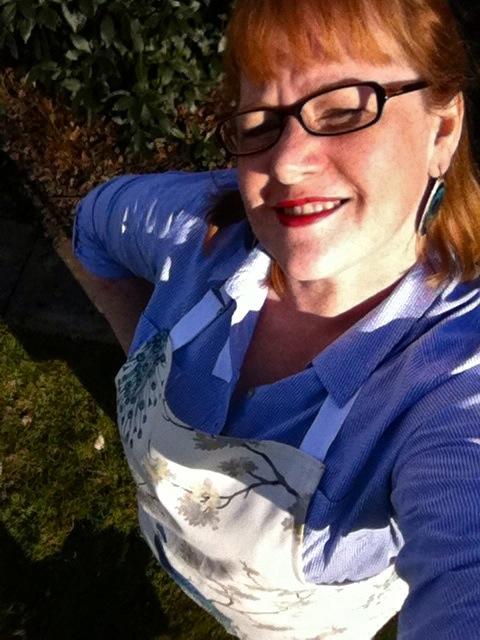 apron selfie
