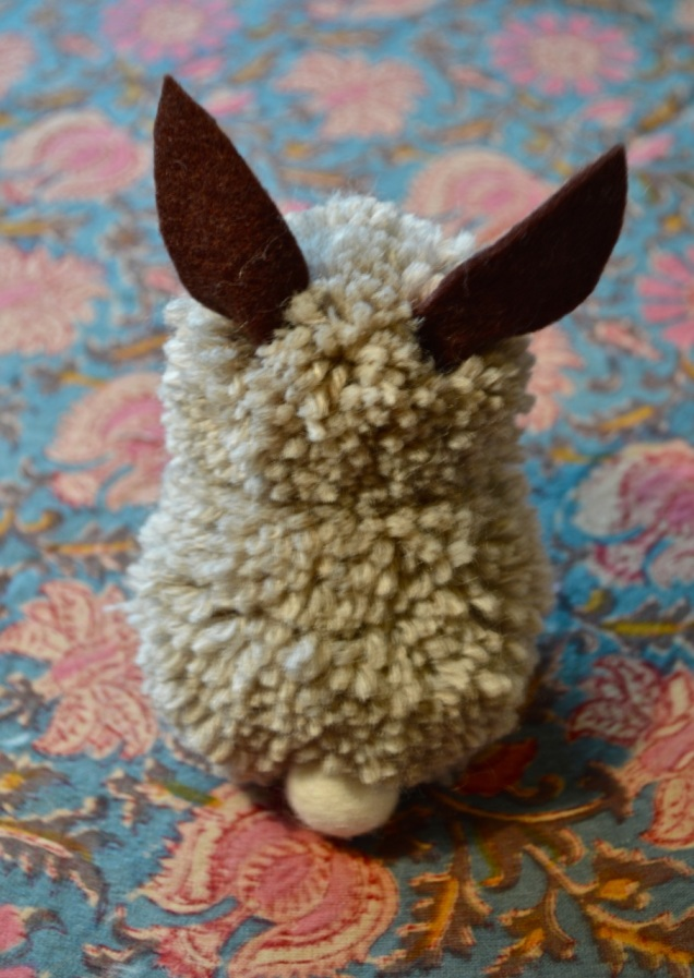 pom pom Easter bunny - Mark chose the wool and it's perfect!